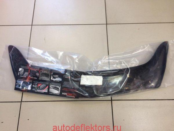 Дефлектор капота (мухобойка) RED на Honda Fit 2001-2007